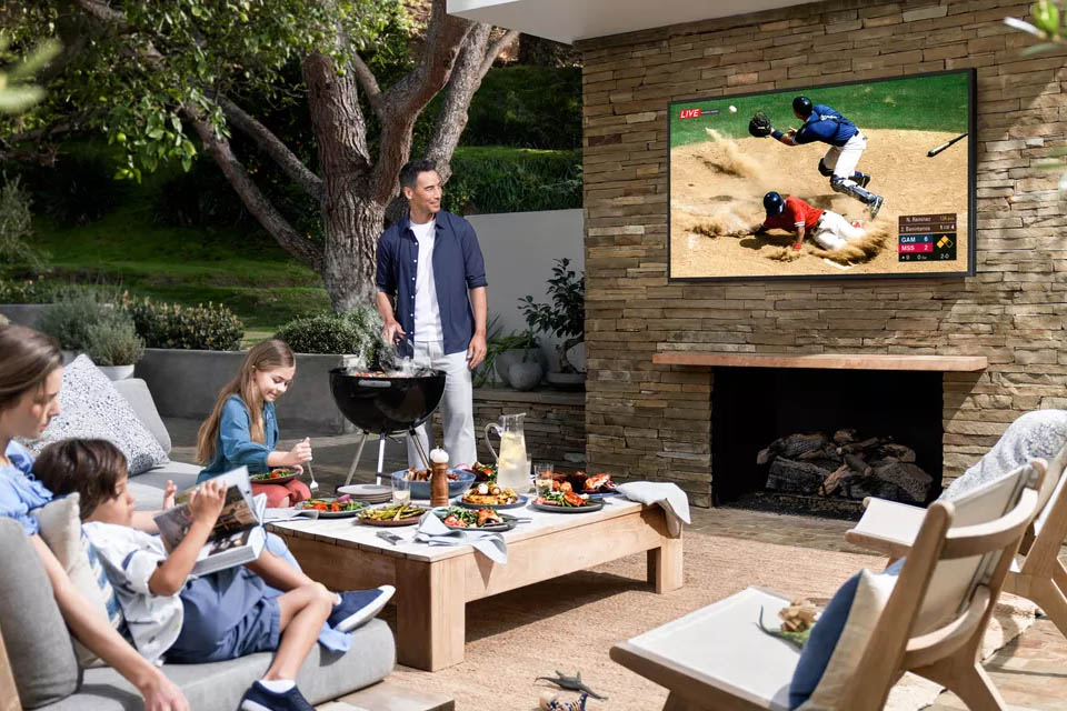 outdoor-home-cinema-samsung